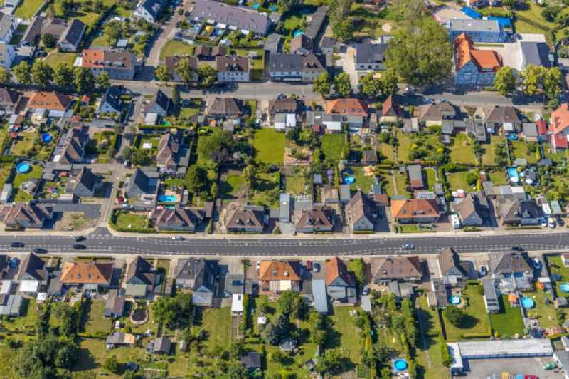 Single-family residential area of settlement between Am Haemmschen and Bockelweg in the district Heessen in Hamm in the state North Rhine-Westphalia, Germany