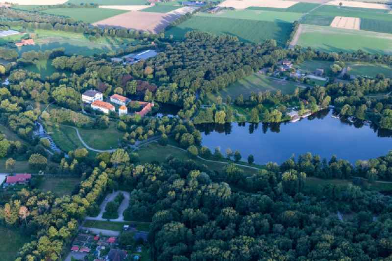 Riparian areas on the recreational lake area Proebstingsee in Hoxfeld in the state North Rhine-Westphalia, Germany