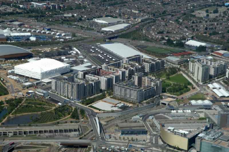 View of the village Stratford in the London Borough of Newham. Besides the importance as a shopping center, the central Olympic Park for the 2012 Olympic Games was built in Stratford