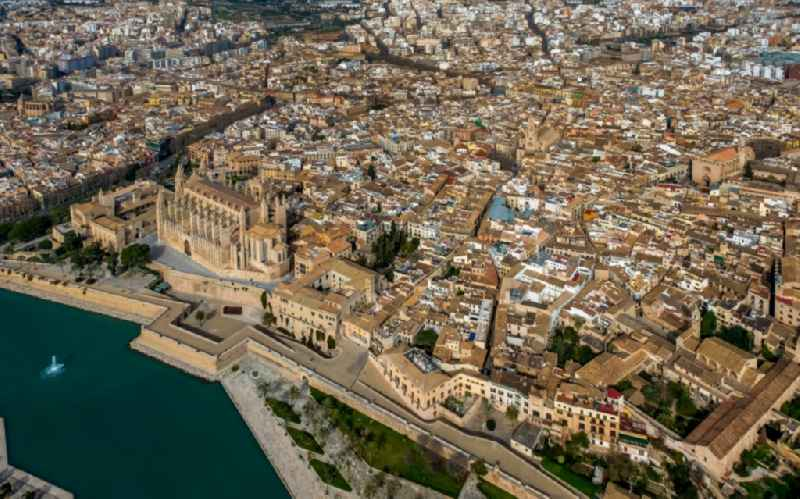 City view of the inner city area in Palma with cathedral and Parc de la Mar in Balearic island Mallorca, Spain