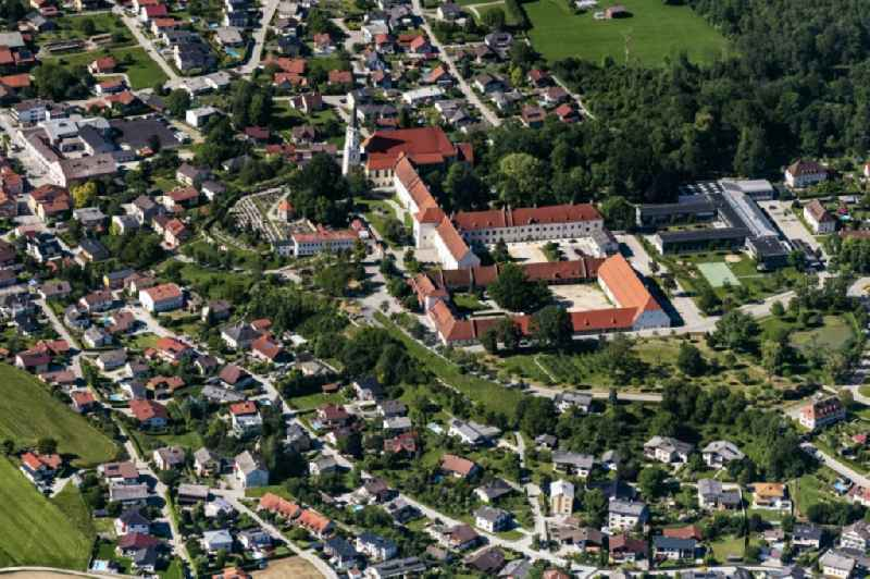 Building complex of the former monastery and today Schloss Ranshofen in Ranshofen in Oberoesterreich, Austria.