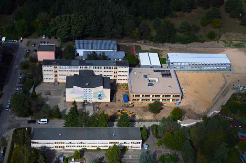 New construction site of the school building of Hort am Waeldchen on 'Schulcampus Am Waeldchen' with renovation and extension on Otto-Grotewohl-Ring in Strausberg in the state Brandenburg, Germany