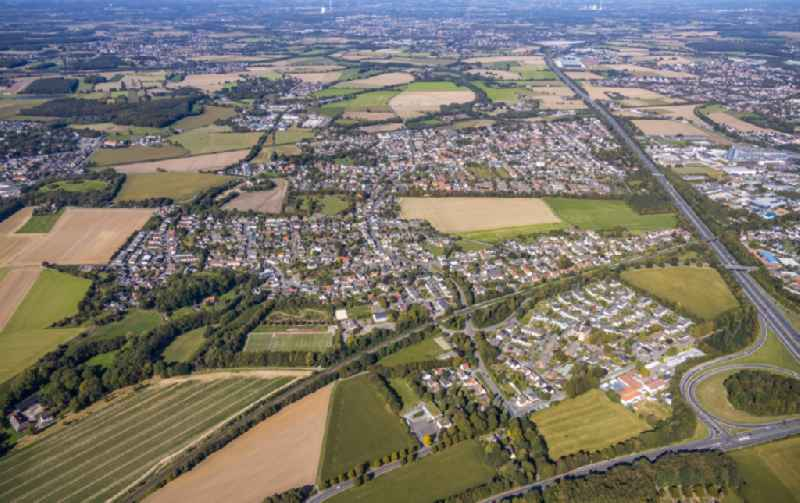 Outskirts residential along the BAB A1 in the district Massen in Unna in the state North Rhine-Westphalia, Germany