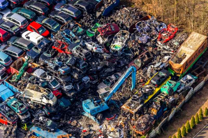 Scrap yard for the recycling of passenger cars and used vehicles with disassembly and spare parts trade of 'Bellof GmbH' in Werl in the state of North Rhine-Westphalia, Germany