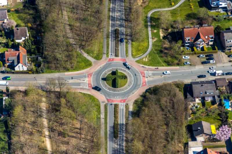 Traffic management of the roundabout road Nordstrasse - Gruenstrasse in Wesel in the state North Rhine-Westphalia, Germany