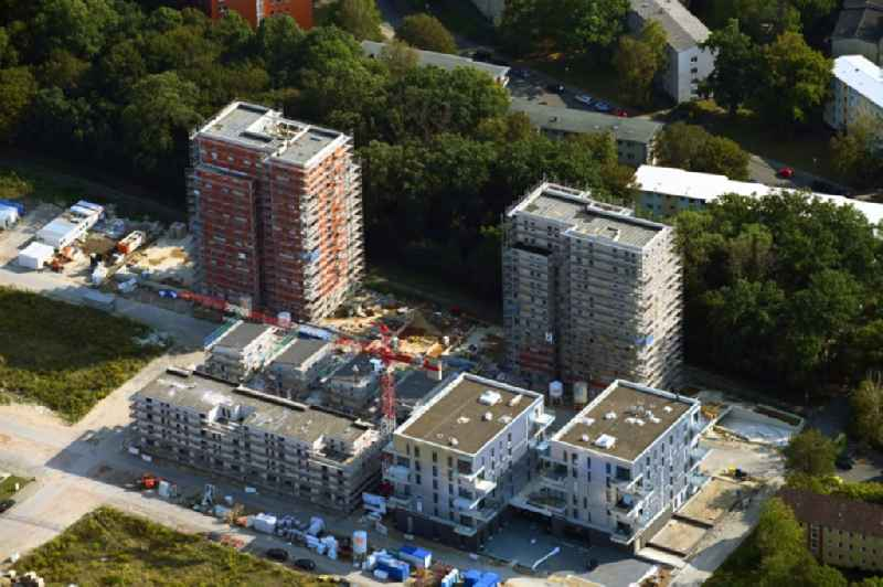 Construction site to build a new multi-family residential complex Reislinger Strasse - Hellwinkel Terassen - Nelkenweg - Lerchenweg in the district Hellwinkel in Wolfsburg in the state Lower Saxony, Germany