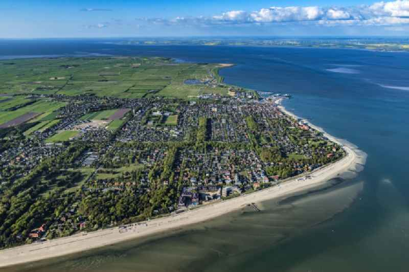 Townscape Wyk with the harbour on the seacoast of North Sea on Foehr island in the state Schleswig-Holstein